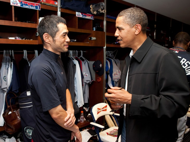 Ichiro talks with Barack Obama before the 2009 All-Star Game. Official White House photo.